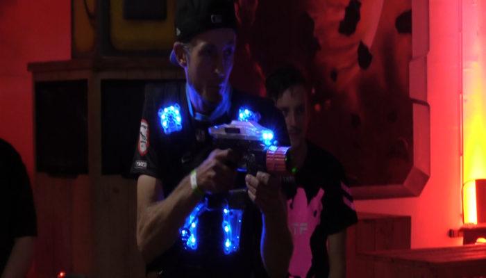 [Video] Lasertagfans bei der 8. LaserSky Night in Bremen